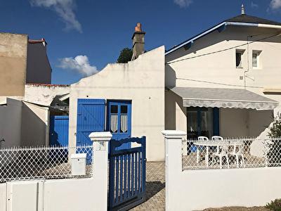 A vendre maison saint gilles croix de vie 90 m l for Garage st gilles