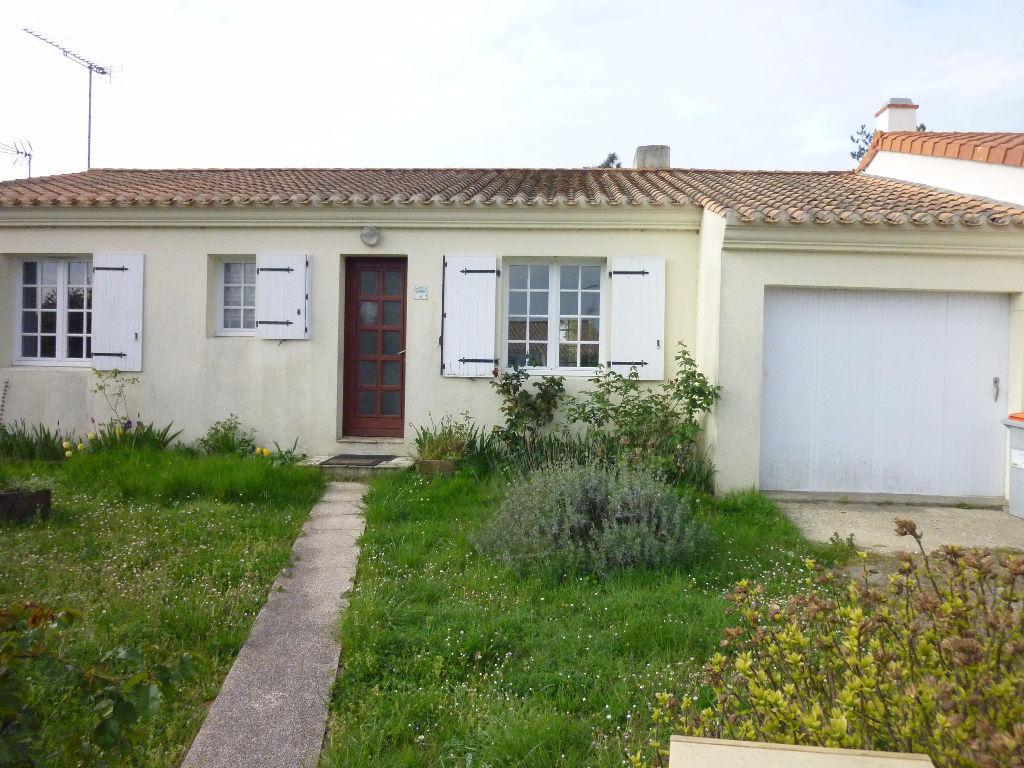 A vendre maison saint hilaire de riez m l 39 adresse for Garage saint hilaire de riez